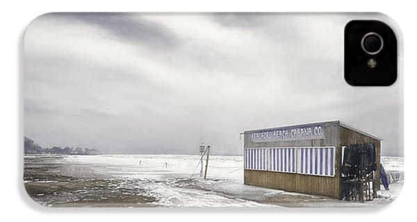 Winter At The Cabana IPhone 4 Case by Scott Norris