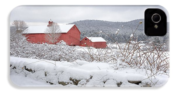 Winter In Connecticut IPhone 4 Case by Bill Wakeley