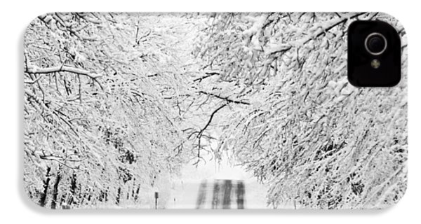 IPhone 4 Case featuring the photograph Winter Wonderland by Ricky L Jones