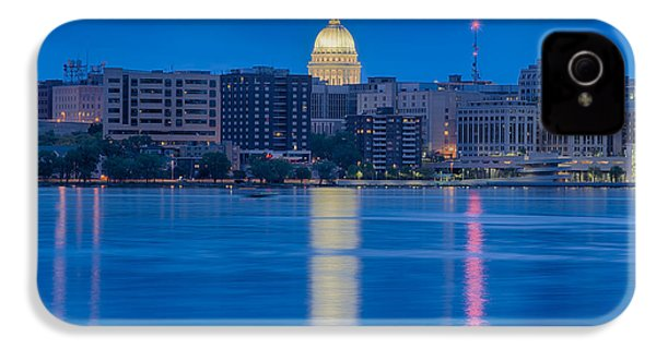 IPhone 4 Case featuring the photograph Wisconsin Capitol Reflection by Sebastian Musial