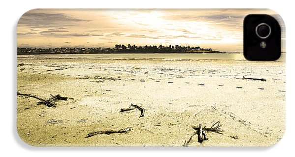 IPhone 4 Case featuring the photograph At Caroline Bay Timaru New Zealand by Nareeta Martin