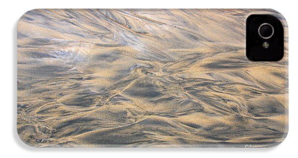 IPhone 4 Case featuring the photograph Sand Patterns by Nareeta Martin
