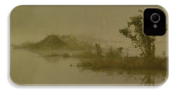 The Lodge In The Mist IPhone 4 / 4s Case by Skip Willits