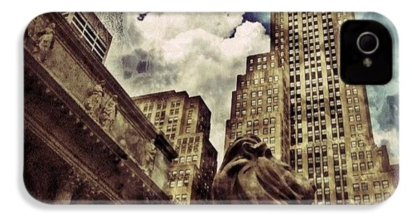 The Resting Lion - Nyc IPhone 4 Case by Joel Lopez