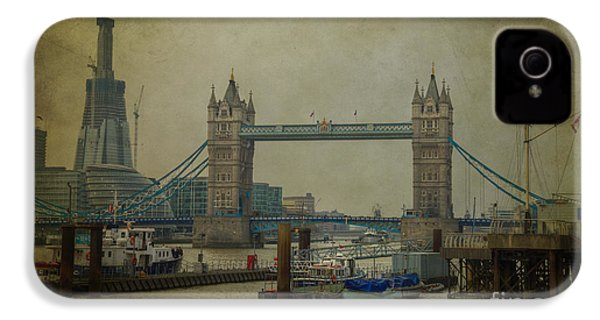 IPhone 4 Case featuring the photograph Tower Bridge. by Clare Bambers