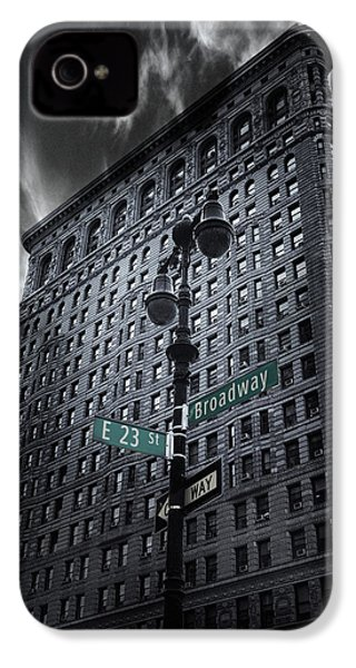 IPhone 4 Case featuring the photograph Flatiron Noir by Jessica Jenney