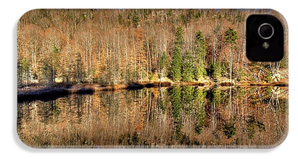 IPhone 4 Case featuring the photograph Pond Reflections by David Patterson