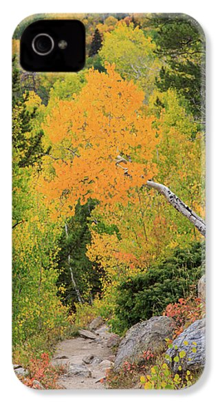 IPhone 4 Case featuring the photograph Yellow Drop by David Chandler