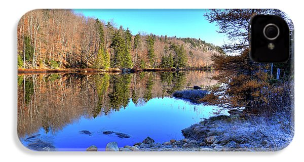 IPhone 4 Case featuring the photograph A November Morning On The Pond by David Patterson