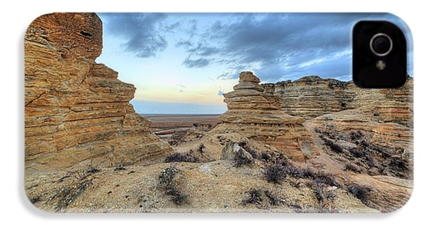 IPhone 4 Case featuring the photograph A Western Kansas Sunrise by JC Findley