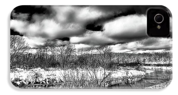 IPhone 4 Case featuring the photograph A Winter Panorama by David Patterson