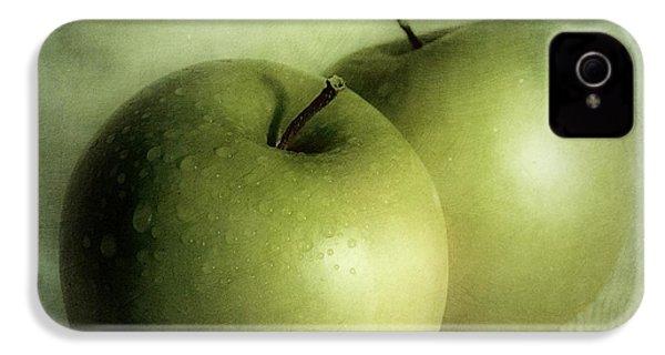 Apple Painting IPhone 4 / 4s Case by Priska Wettstein