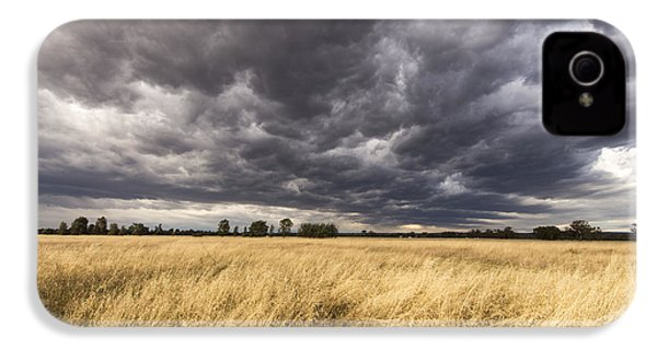 The Calm Before The Storm IPhone 4 Case by Linda Lees