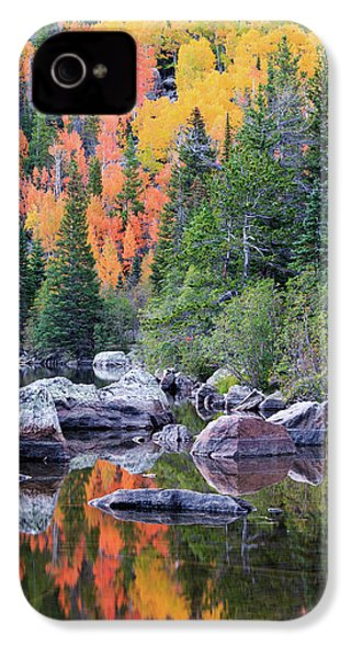 IPhone 4 Case featuring the photograph Autumn At Bear Lake by David Chandler