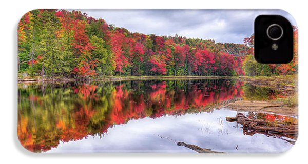 IPhone 4 Case featuring the photograph Autumn Color At The Pond by David Patterson