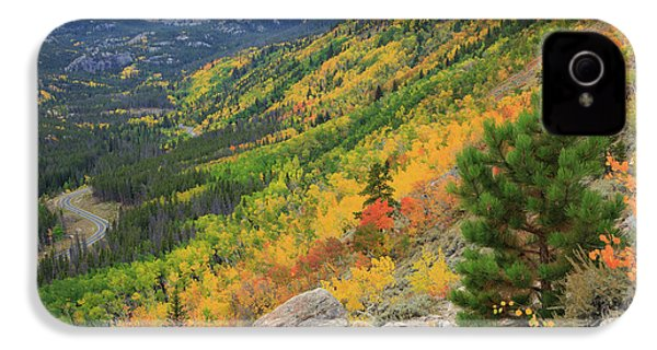 IPhone 4 Case featuring the photograph Autumn On Bierstadt Trail by David Chandler