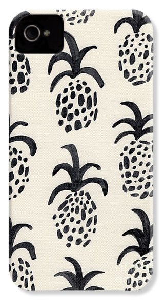 B And W Pineapple Print IPhone 4 / 4s Case by Anne Seay