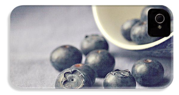 Bowl Of Blueberries IPhone 4 Case by Lyn Randle