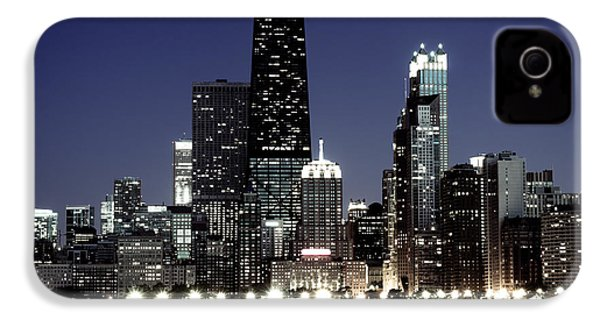 Chicago At Night High Resolution IPhone 4 / 4s Case by Paul Velgos