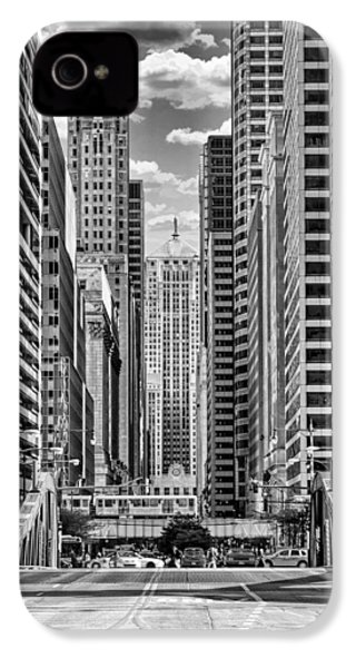 IPhone 4 Case featuring the photograph Chicago Lasalle Street Black And White by Christopher Arndt