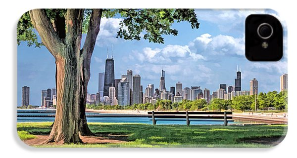 IPhone 4 Case featuring the painting Chicago North Skyline Park by Christopher Arndt