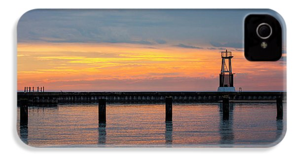 IPhone 4 Case featuring the photograph Chicago Sunrise At North Ave. Beach by Adam Romanowicz