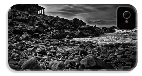 Coastal Home  Kennebunkport Maine IPhone 4 Case by Bob Orsillo