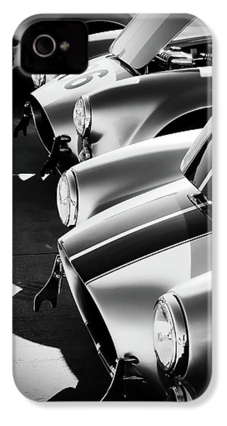 Cobra Pit IPhone 4 Case by Douglas Pittman