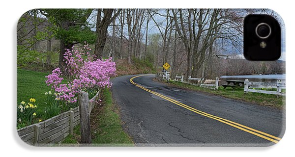 IPhone 4 Case featuring the photograph Connecticut Country Road by Bill Wakeley