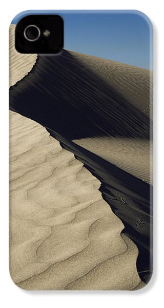 Contours IPhone 4 / 4s Case by Chad Dutson