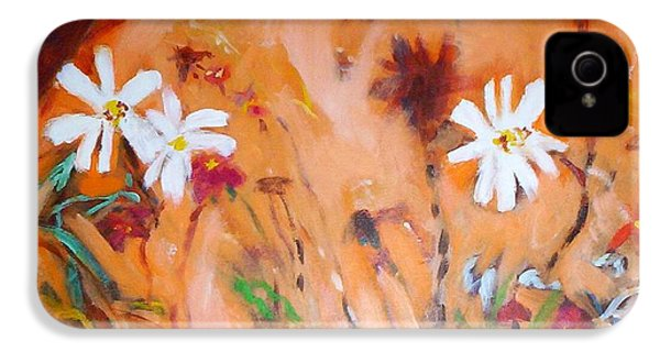 IPhone 4 Case featuring the painting Daisies Along The Fence by Winsome Gunning