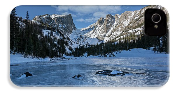 IPhone 4 Case featuring the photograph Dream Lake Morning by Aaron Spong