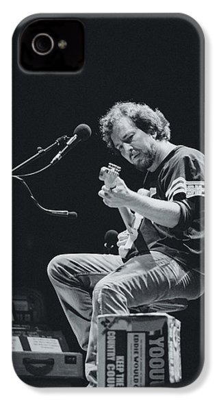 Eddie Vedder Playing Live IPhone 4 Case