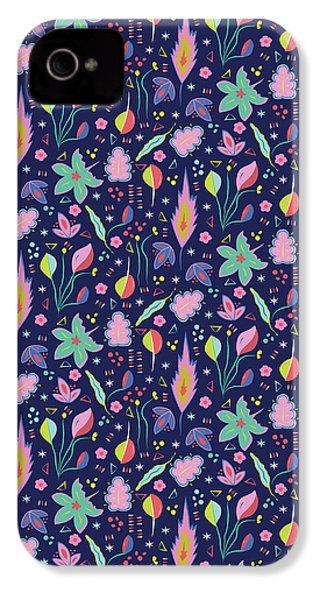 Fun In The Garden IPhone 4 Case by Elizabeth Tuck