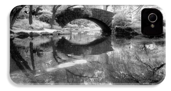 Gapstow Bridge Ir H IPhone 4 Case by Dave Beckerman