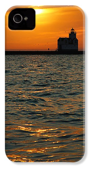 Gold On The Water IPhone 4 Case by Bill Pevlor