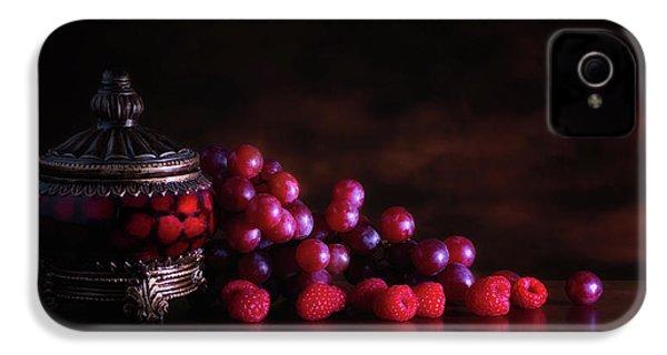 Grape Raspberry IPhone 4 / 4s Case by Tom Mc Nemar