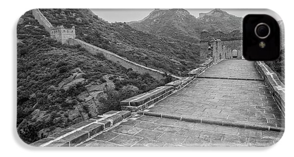 IPhone 4 Case featuring the photograph Great Wall 5, Jinshanling, 2016 by Hitendra SINKAR