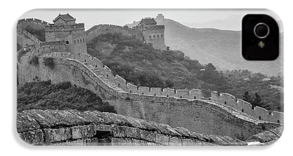 IPhone 4 Case featuring the photograph Great Wall 7, Jinshanling, 2016 by Hitendra SINKAR
