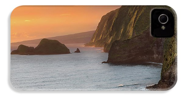 Hawaii Sunrise At The Pololu Valley Lookout 2 IPhone 4 / 4s Case by Larry Marshall