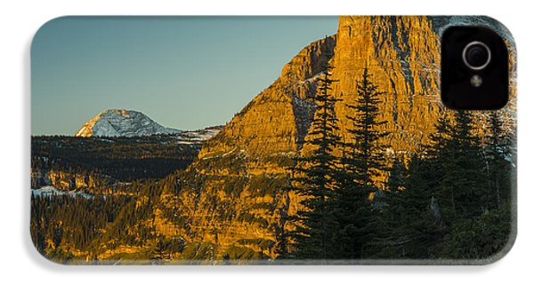 Heavy Runner Mountain IPhone 4 Case by Gary Lengyel