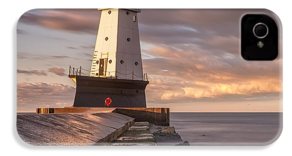 IPhone 4 Case featuring the photograph Ludington North Breakwater Light At Dawn by Adam Romanowicz