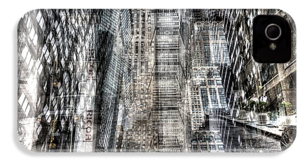 IPhone 4 Case featuring the photograph Midtown Sidestreet by Dave Beckerman