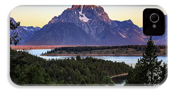 Morning At Mt. Moran IPhone 4 Case by David Chandler