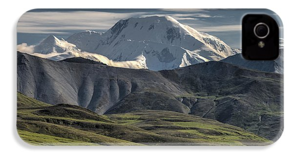 IPhone 4 Case featuring the photograph Mt. Mather by Gary Lengyel