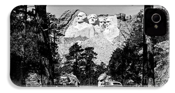 Mt Rushmore IPhone 4 Case by American School