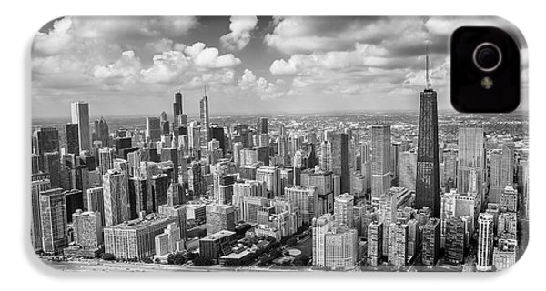 Near North Side And Gold Coast Black And White IPhone 4 Case by Adam Romanowicz