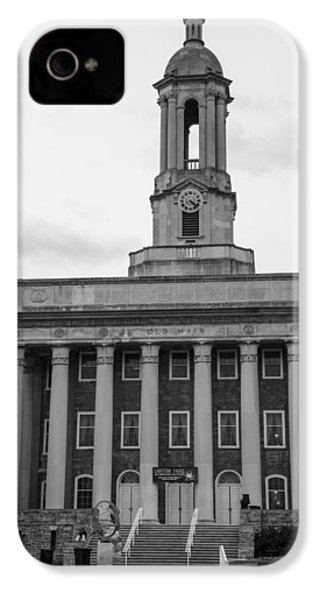 Old Main Penn State Black And White IPhone 4 / 4s Case by John McGraw