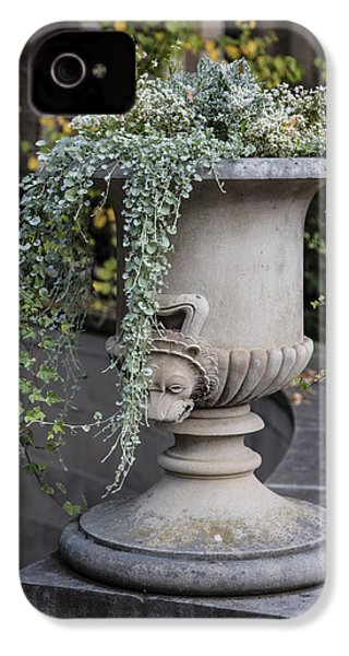 Penn State Flower Pot  IPhone 4 / 4s Case by John McGraw