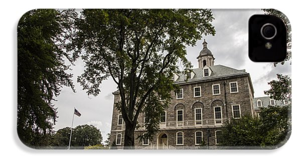 Penn State Old Main And Tree IPhone 4 / 4s Case by John McGraw